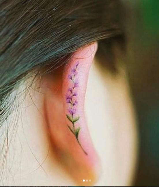 Татуировка на мочке уха 50